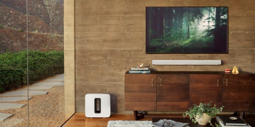 Hvis du virkelig vil have god lyd til din fladskærm, skal du investere i Sonos Arc soundbaren